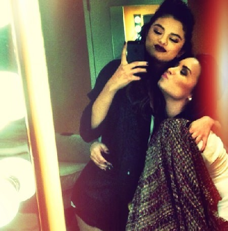 """Selena Gomez """"sweet focia"""""""