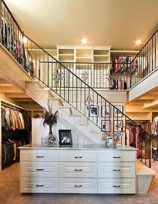 Skromna garderoba