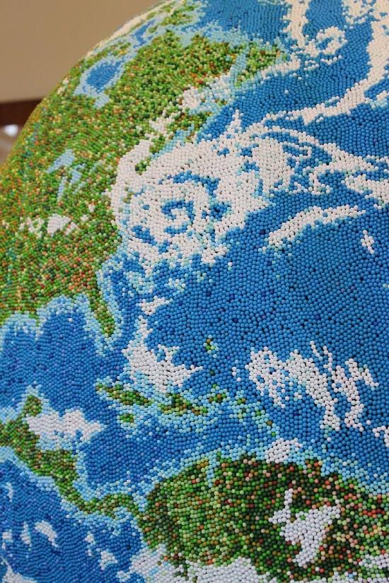 Globus z zapałek