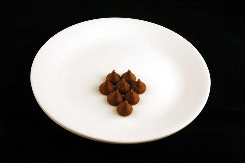 jak wygląda 200 kalorii - czekoladki hershey