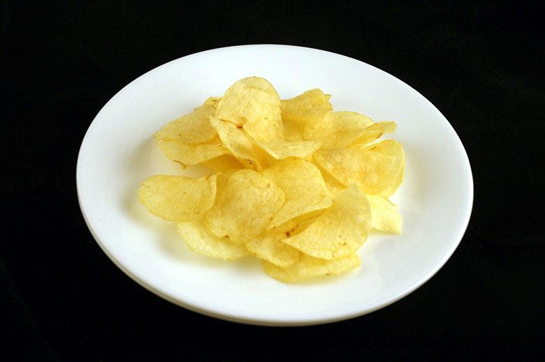 jak wygląda 200 kalorii - czipsy ziemniaczane