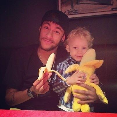 Neymar z synem przeciw rasizmowi
