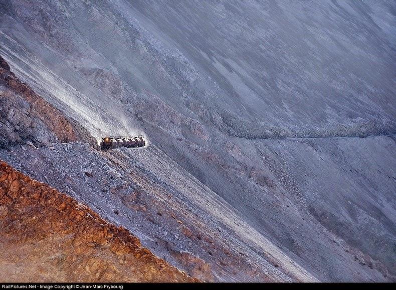 Kolejka 2850 m nad poziomem morza w Chile