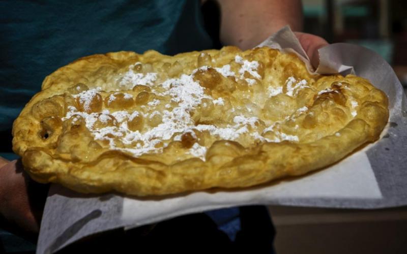 Smażony chleb Navajo amerykańskie jedzenie
