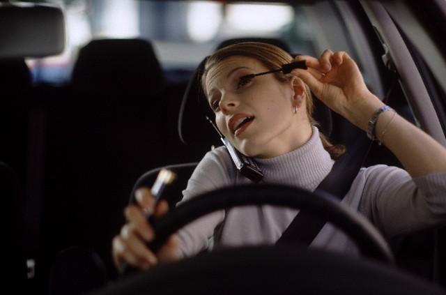 makijaż w samochodzie