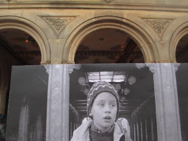 scena z filmu Kevin Sam w Nowym Jorku