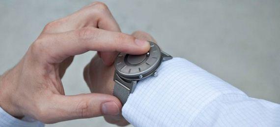 zegarek dla osób niewidomych