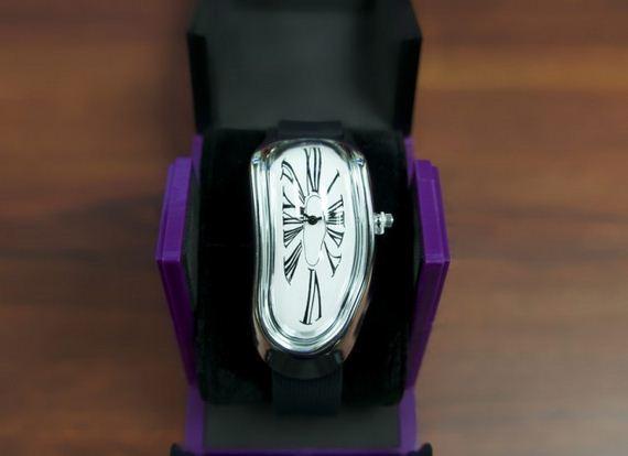 fajne zegarki Salvador Dali