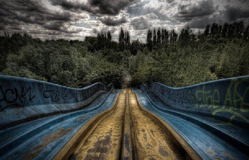 Opuszczony park rozrywki Dadipark Belgia