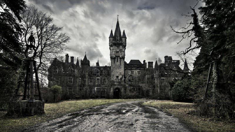 Opuszczony zamek Belgia