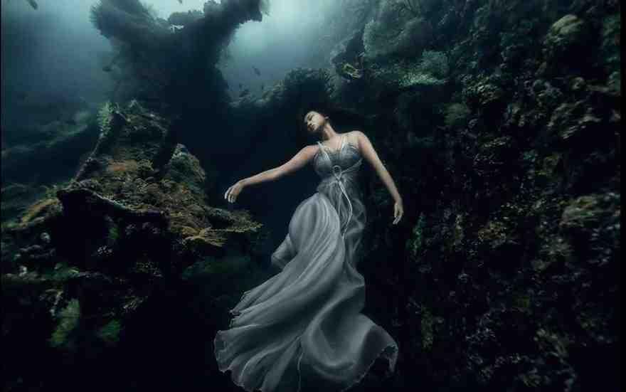 modelka pod woda 4