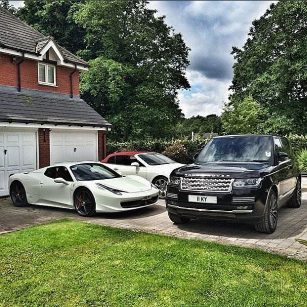 Imponujaca kolekcja samochodów luksusowych 19-latka