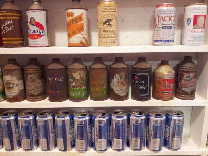 ponad-30-letnia-kolekcja-puszek-po-piwie-11