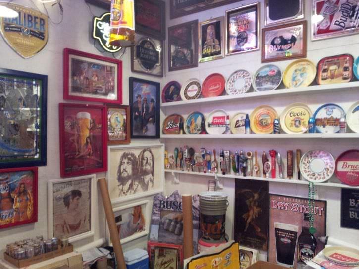 ponad-30-letnia-kolekcja-puszek-po-piwie-13