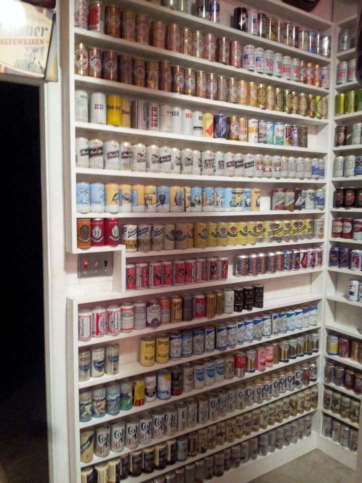 ponad-30-letnia-kolekcja-puszek-po-piwie