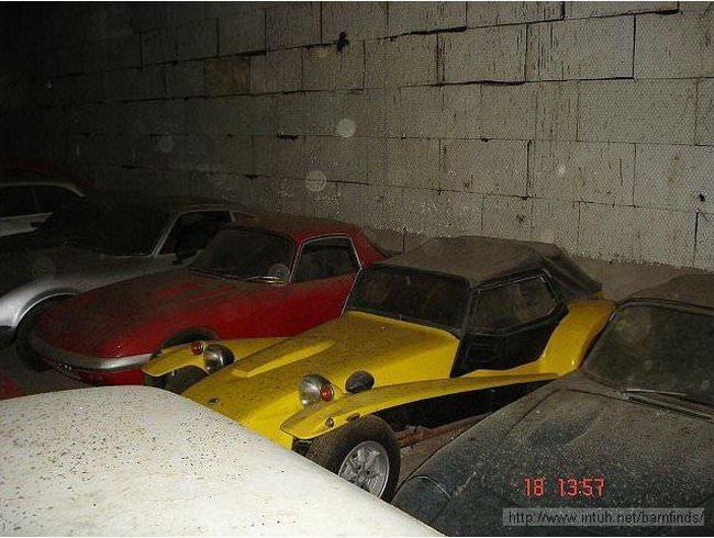 luksusowe-samochody-odnalezione-w-szopie-11