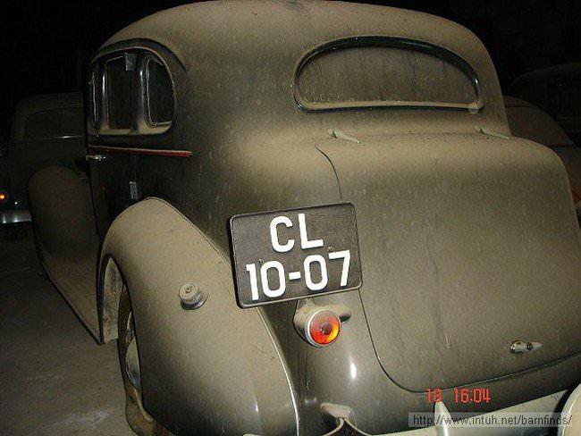 luksusowe-samochody-odnalezione-w-szopie-6