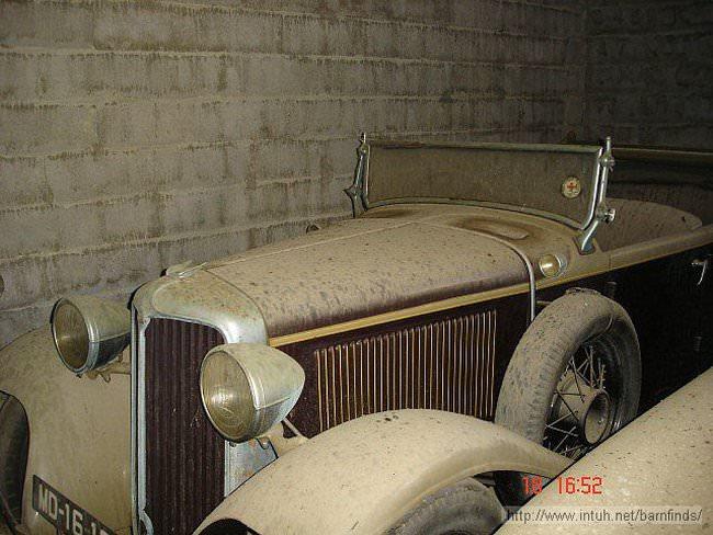 luksusowe-samochody-odnalezione-w-szopie-7