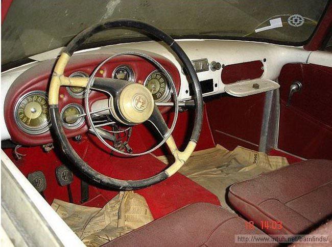 luksusowe-samochody-odnalezione-w-szopie-8