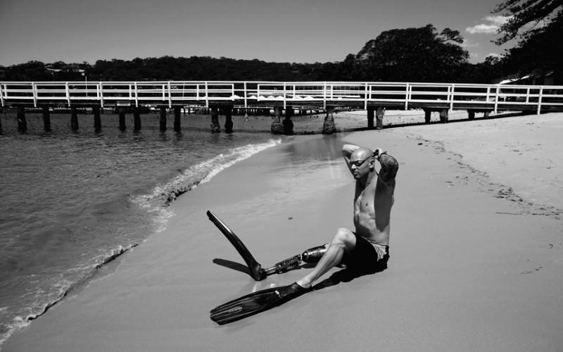 życie po ataku rekina Paul Gelder