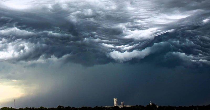 chmury undulatus asperatus