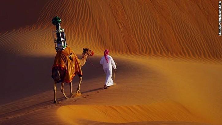 Google Stret View pustynia Liwa wielbłąd