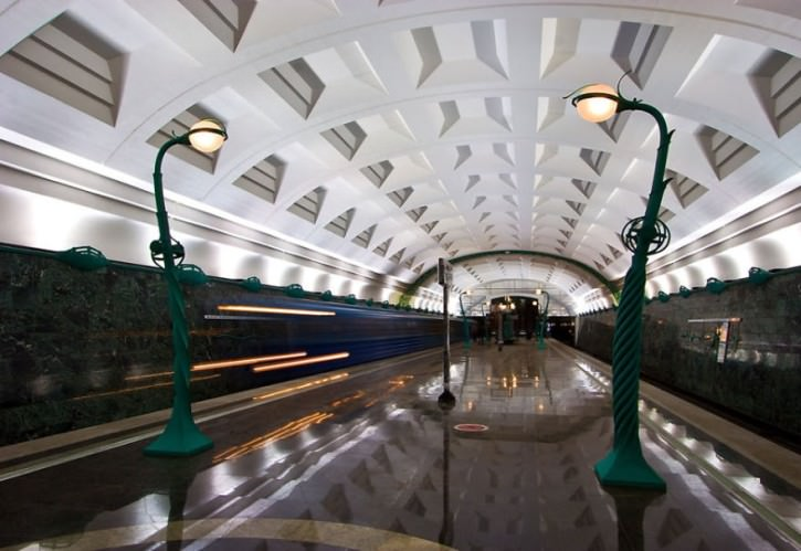 najladniejsze-stacje-metra-14
