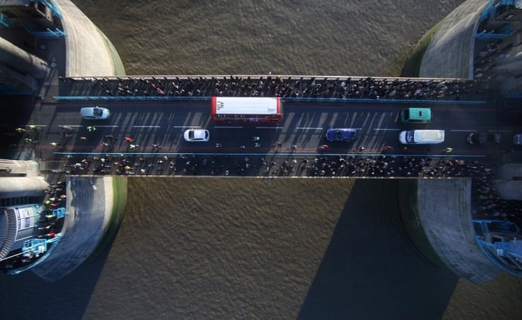 szklana-podloga-tower-bridge-3