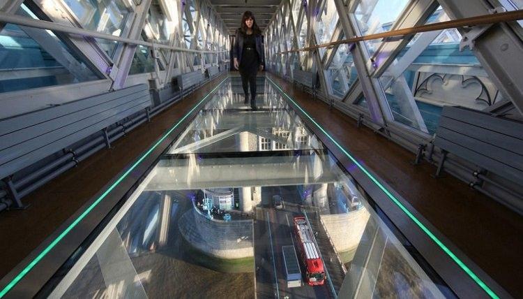 szklana-podloga-tower-bridge-5