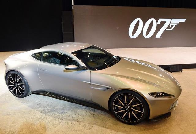 aston-martin-nowy-samochod-bonda-2