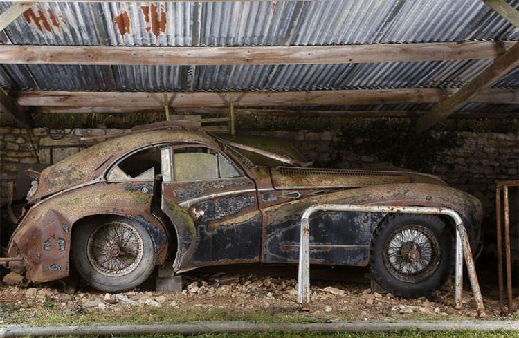 samochody-znalezione-na-farmie-11