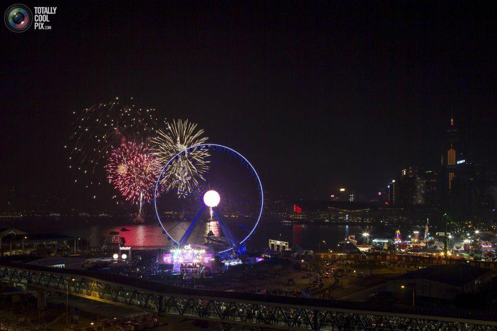 noworoczne-fajerwerki-hongkong-2