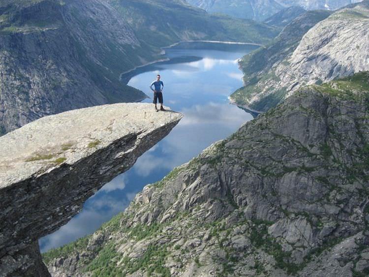 skalne-atrakcje-norwegia-trolltunga