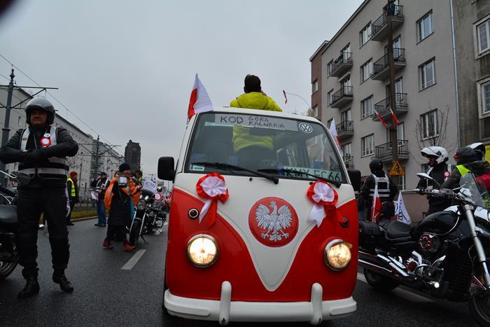 KOD Niepodległości 2016