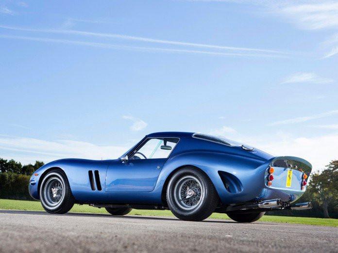 Najdoższy samochód na świecie