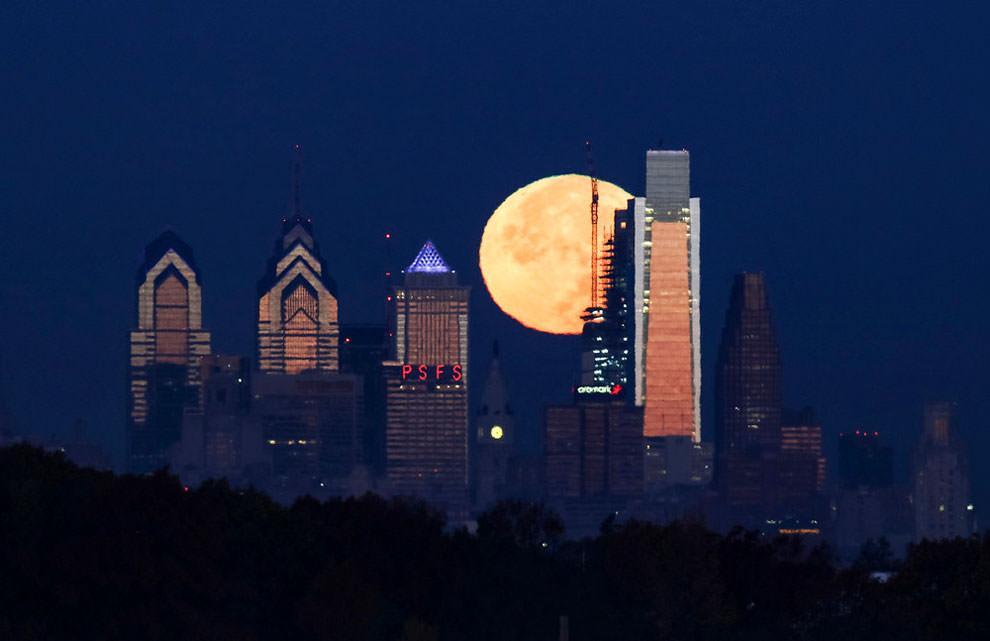 Filadelfia, USA - superksiężyc