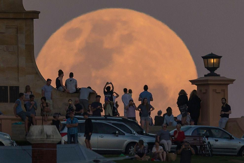 Księżyc nad Australią