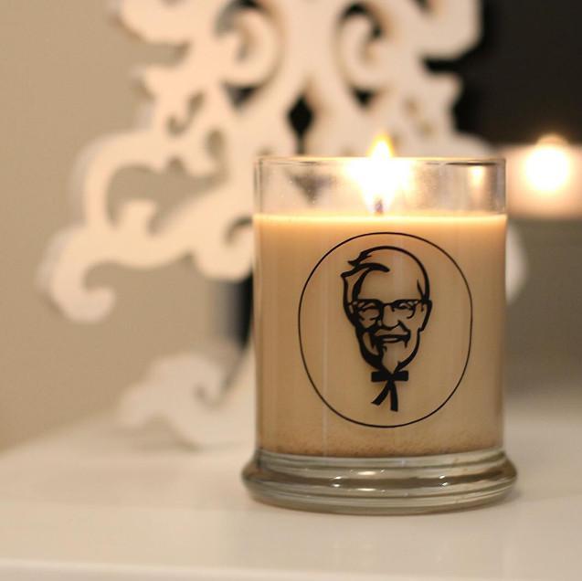 Świeca o zapachu KFC