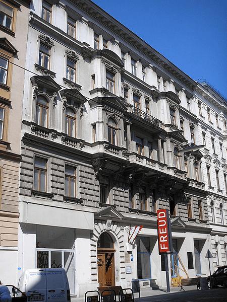 Kamienica, w ktróej mieszkał Zygmunt Freud