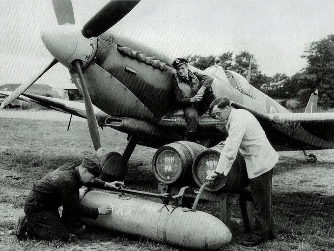 Piwo zrzucane z myśliwców