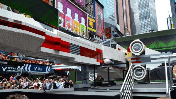 X-Wing Fighter z klocków LEGO