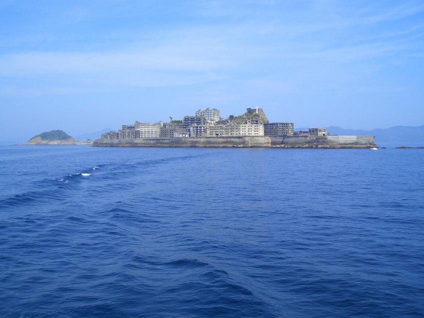 Hashima - opuszczona wyspa w Japonii