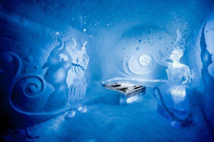 Icehotel - pierwszy lodowy hotel czynny cały rok