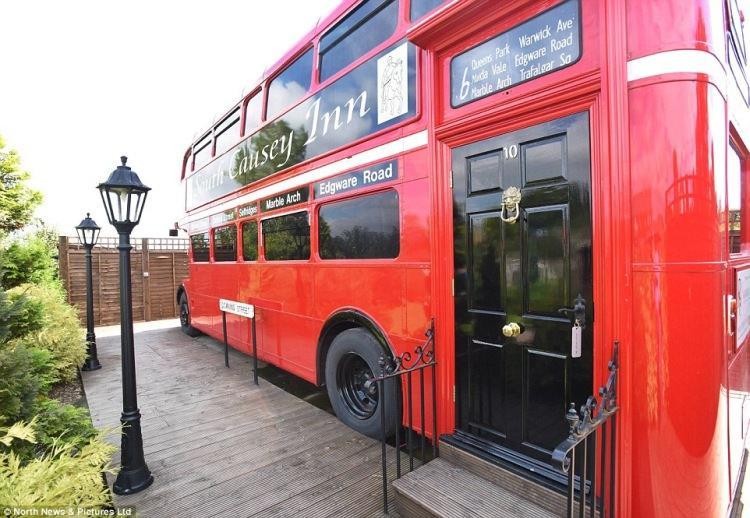 Autobus przerobiony na apartament