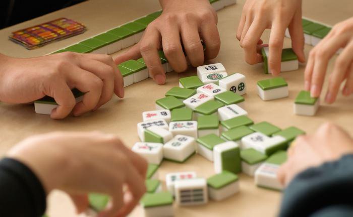 Chińczycy grają w Mahjonga
