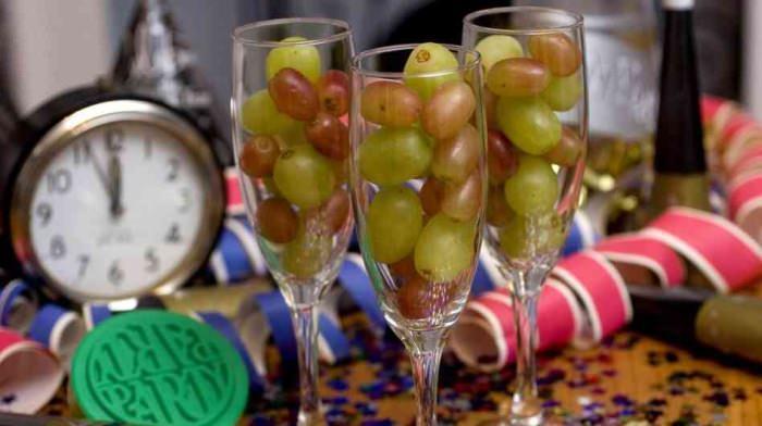 W Hiszpani przed północą należy zjeść 12 winogron