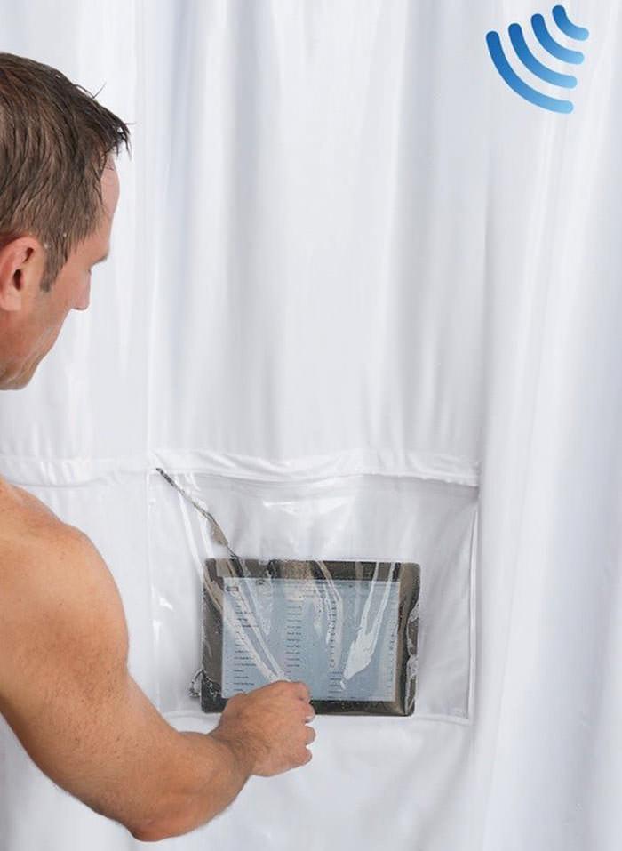 zasłona pod prysznic umożliwiająca korzystanie z tabletu