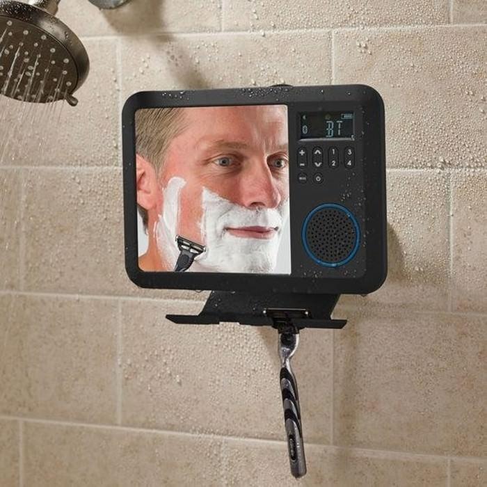 nieparujące lusterko pod prysznic z wbudowanym radiem