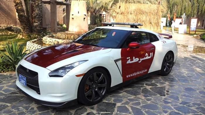 nissan_gtr_police_vehicle-2