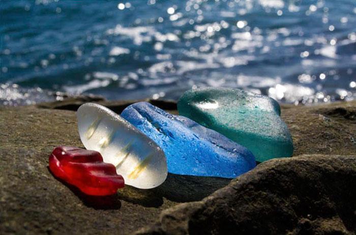 vodka-beach-bottle-pebbles-glass-ussuri-bay-russia-3